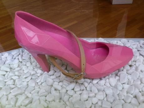 rosa Schuh